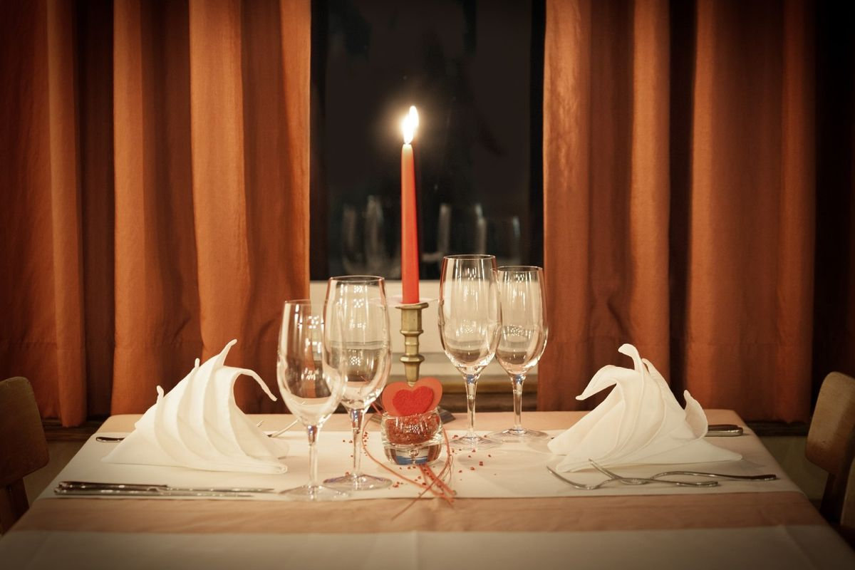 Как сделать романтический ужин для мужа в домашних условиях